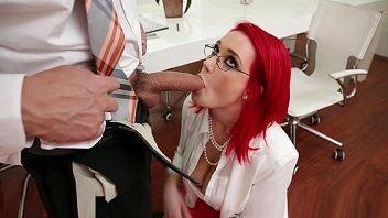 Ruivinha sacana caiu de boca e deu muito para seu chefe