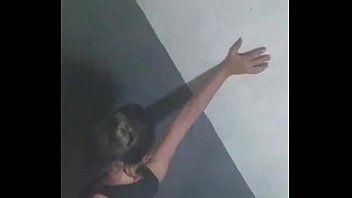 Gabriela Diretora do Colégio Estadual Liceu de Maracanaú – CE Dando Para Aluno Dentro do Banheiro em Festa