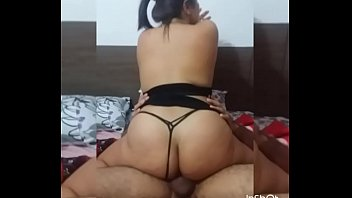 Camila Esposa Rabuda Safada Quicando Gostoso no Negão