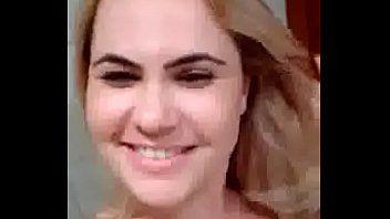 Casada Enviando Vídeo Peladinha Para Amante e Filha Atrapalhando
