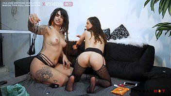 Dread Hot e Emme White fazendo sexo numa putaria lésbica gostosa demais