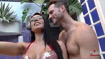 Danny Mancinni Musa do Pornô Fodeu Com Gringo Tommy Wood na Frente do Seu Marido Loupan