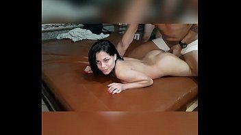 May esposa putinha dando pro amante na putaria e corno filmando